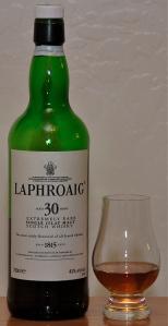 A pour of Laphroaig 30